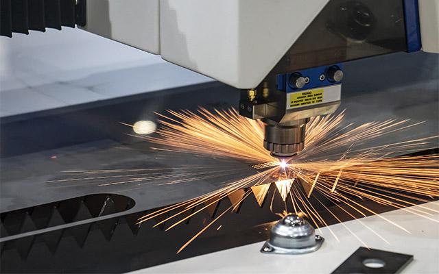 Laserski razrez kovine